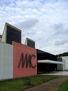 220px-MAC-USP,_fachada_6