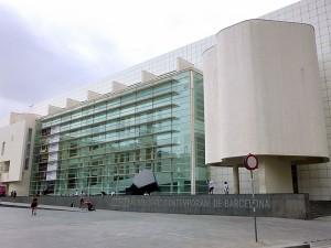 800px-Barcelona_-_Museu_d'Art_Contemporani_de_Barcelona_(MACBA)